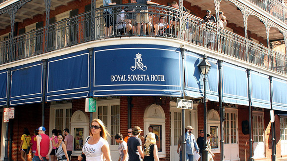 47961a40c5f9279a2f511e6000985c9c_new-orleans-hotels-royal-sonesta-hotel-580x326_featuredImage